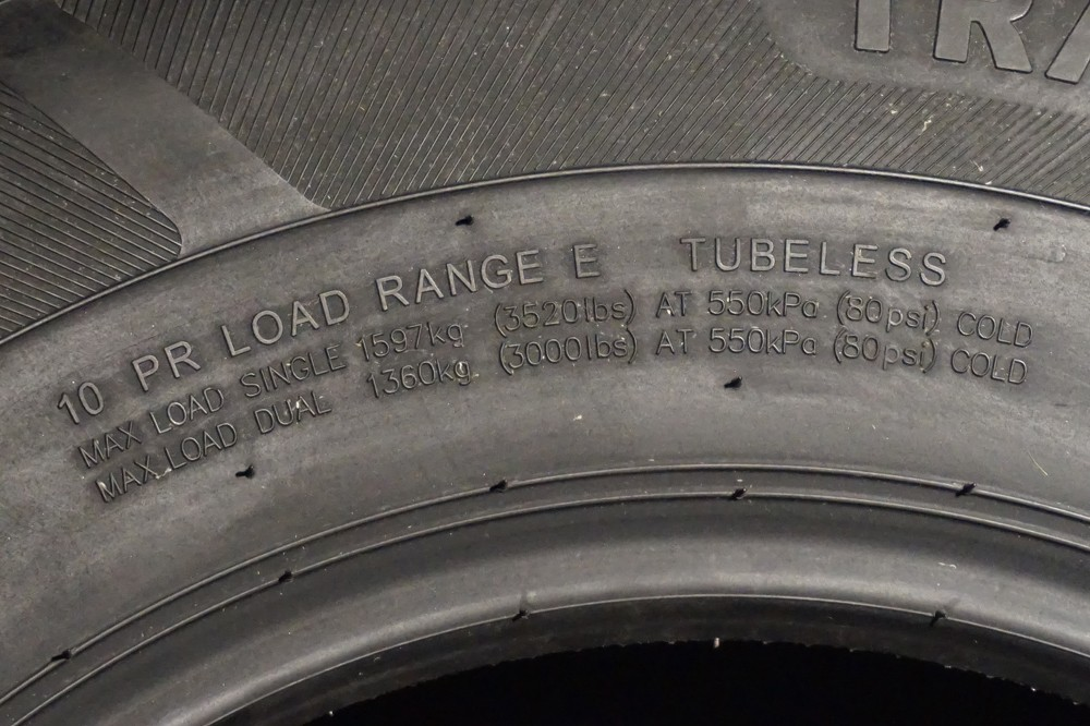 16 10 Ply Radial Trailer Tire St 235 80 R16 Load Range E Tk