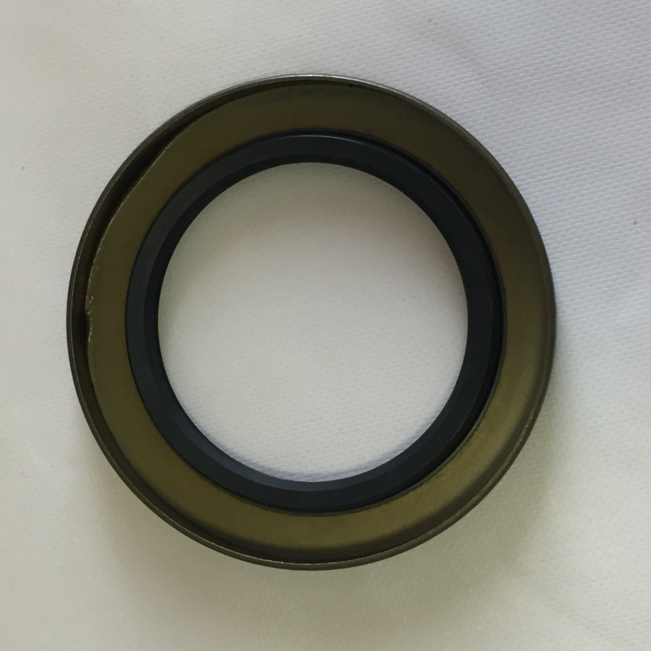 8k trailer axle grease seal 8000 lb capacity 10 36 tk trailer 8k trailer axle grease seal 8000 lb capacity 10 36 publicscrutiny Images